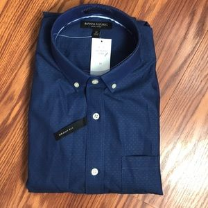 NWT Banana Republic long sleeve blue dress shirt